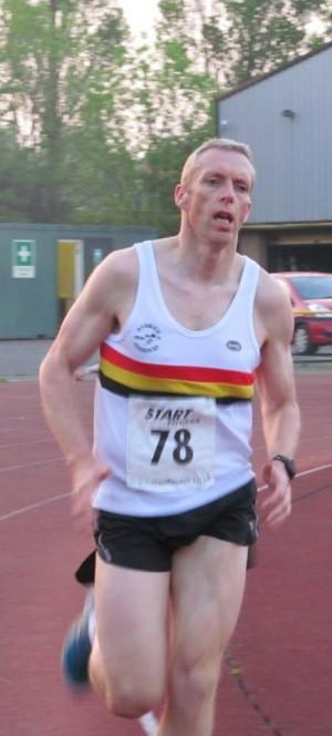 Ian SIMON in track action!