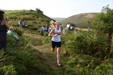 Sarah GRAY-Ingram Show Fell Race